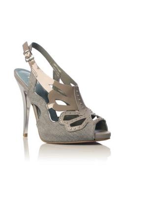 Butterfly shoe